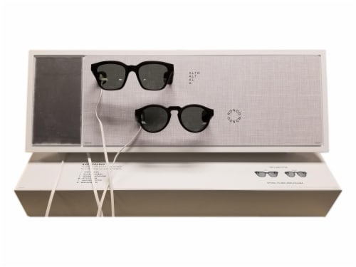 Bose Frames Reach Display - White Perspective: front