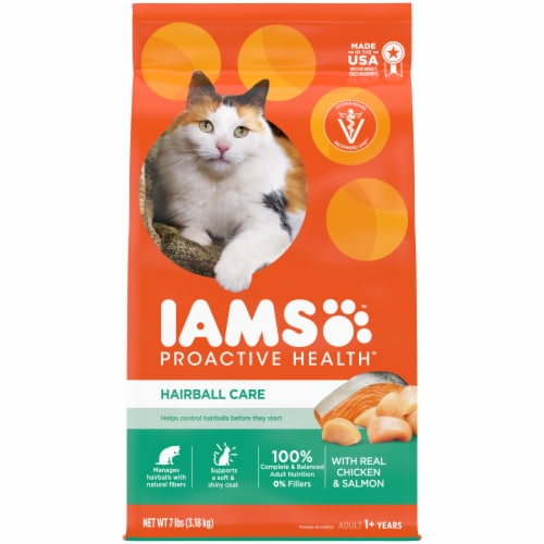 IAMS ProActive Health Hairball Care with Chicken & Salmon Adult Dry Cat Food Perspective: front