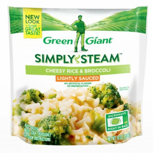 Green Giant Steamers Lightly Sauced Cheesy Rice & Broccoli Frozen Vegetables Perspective: front