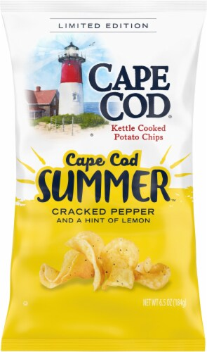 Cape Cod Summer Cracked Pepper and A Hint of Lemon Kettle Cooked Potato Chips Perspective: front