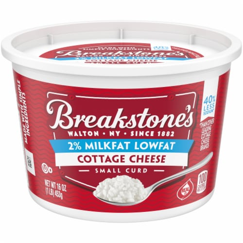 Breakstone's Small Curd Low Sodium Cottage Cheese Perspective: front