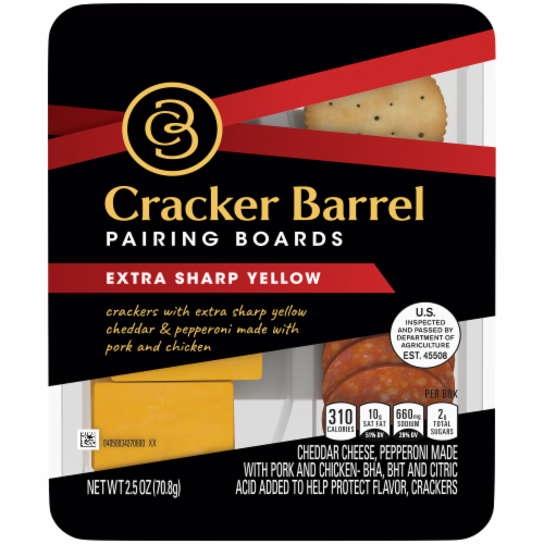 Cracker Barrel Pairing Boards Extra Sharp Yellow Perspective: front