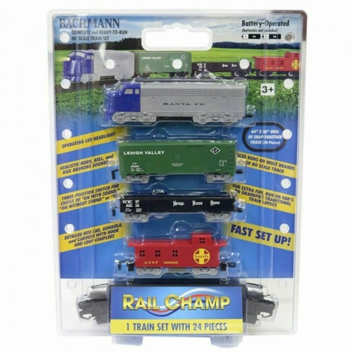 Bachmann BAC00957 HO Scale Battery Operated Rail Champ Train Set Perspective: front