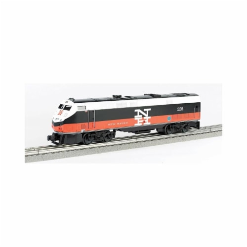 Bachmann BAC23303 Genesis New Haven No.228 Model Train Perspective: front