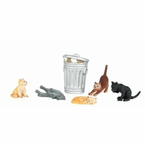 BAC33157 O Scale Figures Cats with Garbage Can Perspective: front