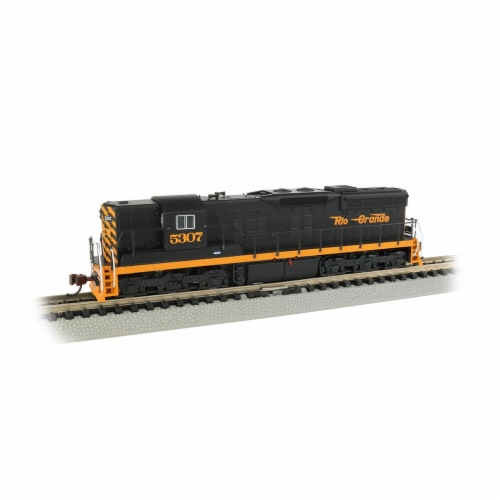 Bachmann BAC62354 N Scale Rio Grande SD9 Diesel Locomotive No.5307 Model Train Perspective: front