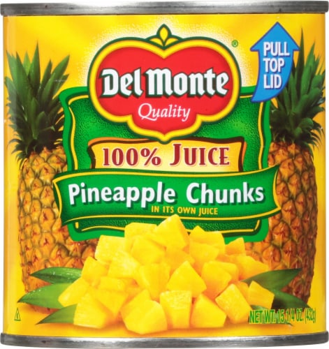 Del Monte Pineapple Chunks in 100% Juice Perspective: front