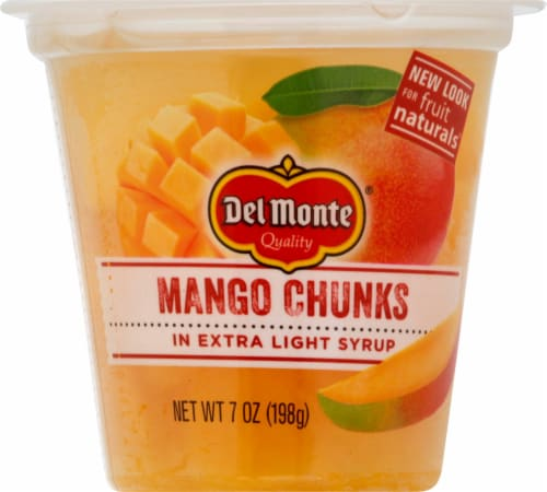 Del Monte Fruit Naturals Mango Chunks in Light Syrup Fruit Cup Perspective: front