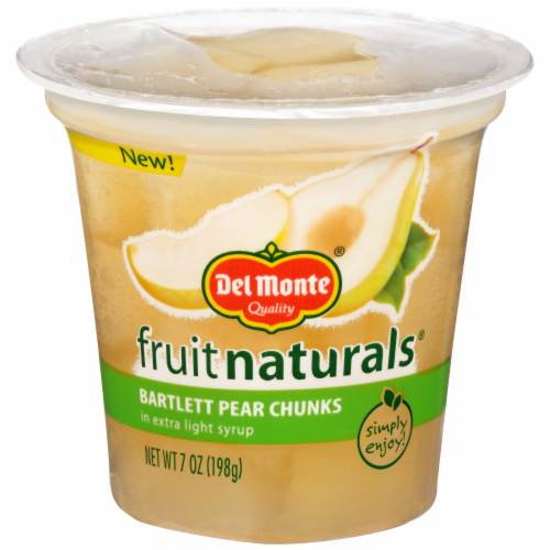 Del Monte Fruit Naturals Bartlett Pear Chunks in Extra Light Syrup Fruit Cup Perspective: front