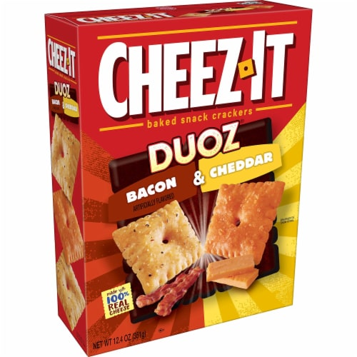 Cheez-It Duoz Baked Snack Cheese Crackers Bacon & Cheddar Perspective: front