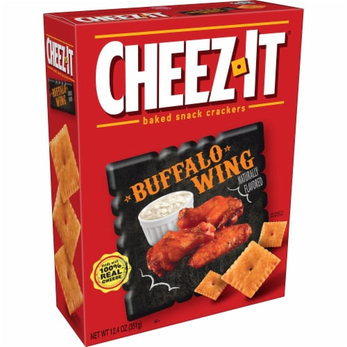 Cheez-It Baked Snack Cheese Crackers Buffalo Wing Perspective: front