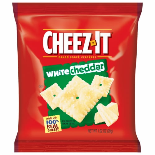 Cheez-It White Cheddar Crackers Perspective: front