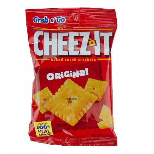 Cheez-It Baked Snack Crackers - 3 oz. bag, 36 per case Perspective: front