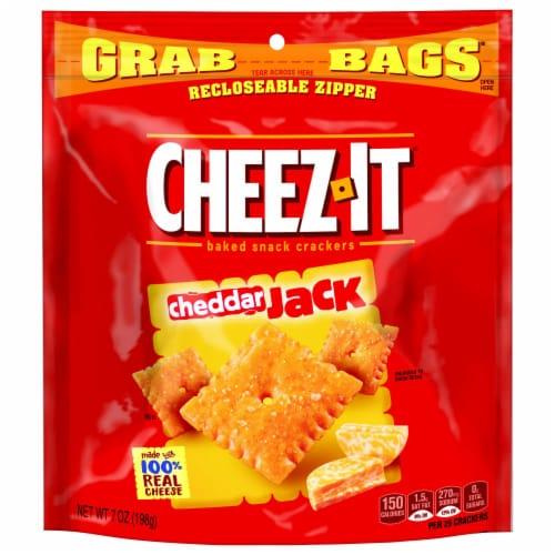 Cheez-It Cheddar Jack Crackers - 7 oz. grab bag, 6 per case Perspective: front