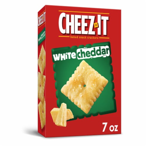 Cheez-It White Cheddar Baked Snack Crackers Perspective: front