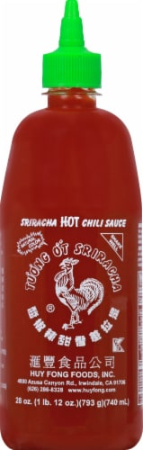 Huy Fong Sriracha Hot Chili Sauce Perspective: front