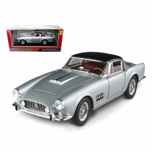 Hot wheels T6243 Ferrari 410 Superamerica Silver 1-18 Diecast Car Model Perspective: front