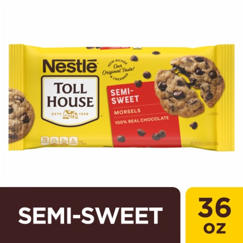 Nestle Toll House Semi-Sweet Chocolate Chips Perspective: front