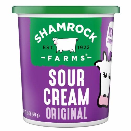 Shamrock Farms Original Sour Cream Perspective: front