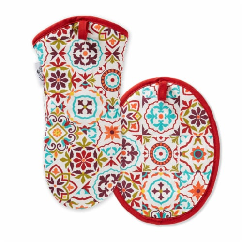 Fiesta Worn Tiles Oven Mitt & Pot Holder Set - Red Perspective: front