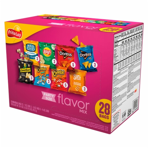 Frito-Lay Snacks & Chips Variety Pack Flavor Mix Perspective: front