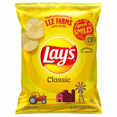 Lay's Potato Chips Classic Flavor Snacks Bag Perspective: front