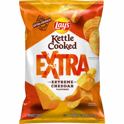 Lay's Kettle Cooked Extra Extreme Cheddar Flavored Potato Chips Perspective: front