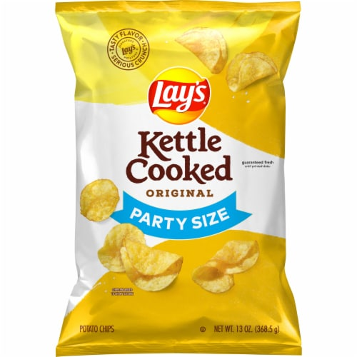 Lay's Kettle Cooked Original Potato Chips Perspective: front