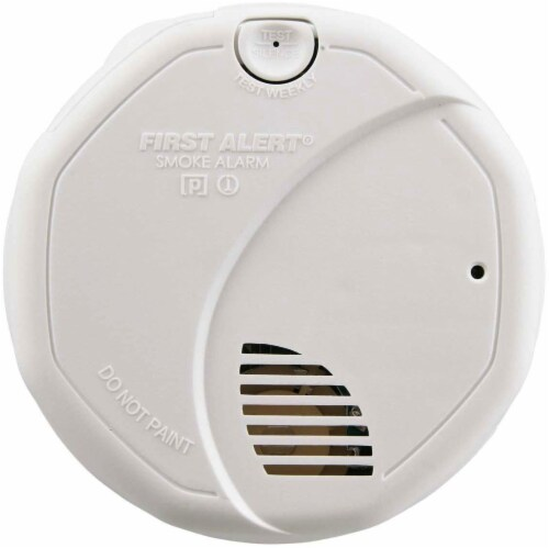 First Alert 2 Sensor Smoke Detector - White Perspective: front