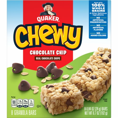 Quaker Chewy Chocolate Chip Granola Bars Perspective: front