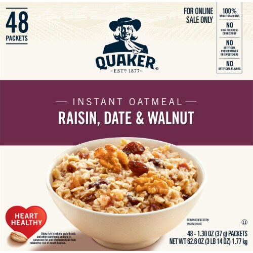 Quaker Raisin Date & Walnut Instant Oatmeal Packets Perspective: front