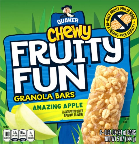 Quaker® Chewy Fruity Fun Amazing Apple Granola Bars Perspective: front