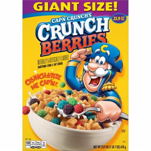 Cap'N Crunch's Crunch Berries Cereal Perspective: front