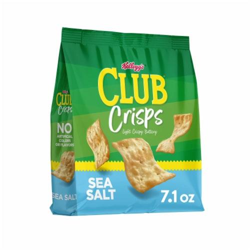 Club Crisps Sea Salt Crackers Perspective: front