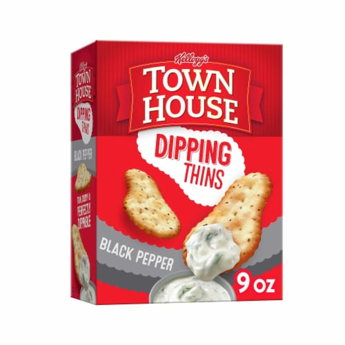 Town House Crackers Dipping Thins Black Pepper Perspective: front