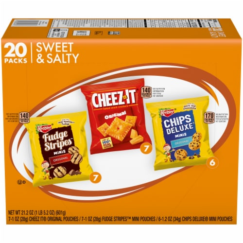 Keebler Mini Chips Deluxe Cheez-It Mini Fudge Stripe Variety Pack 20 Count Perspective: front