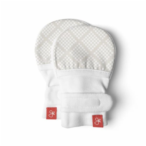 Goumikids Organic No Scratch Baby Infant Hand Mittens, 3-6M Diamond Dots Cream Perspective: front