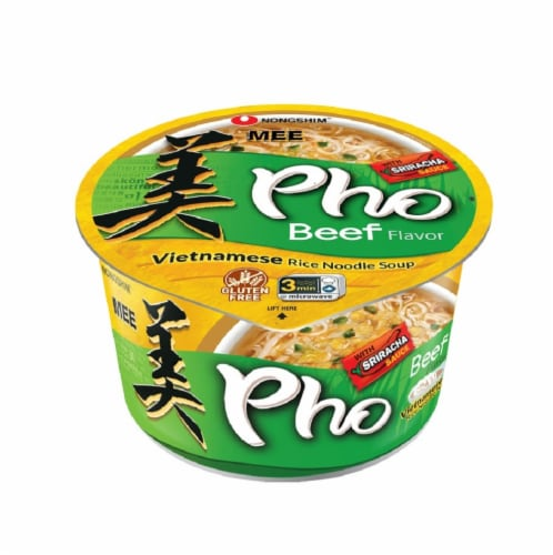 Nongshim Gluten Free Pho Beef Vietnamese Rice Noodle Soup wtth Sriracha Perspective: front