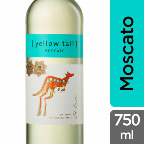 Yellow Tail Moscato Perspective: front