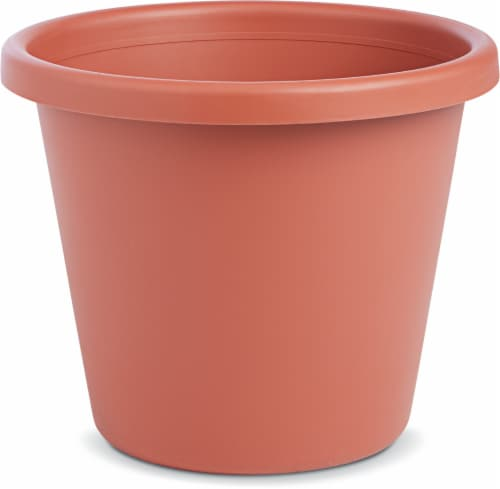 Myers Lawn & Garden Classic Pot - Clay Perspective: front