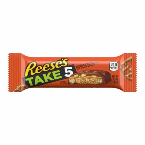 Reese's Take 5 Candy Bar Perspective: front