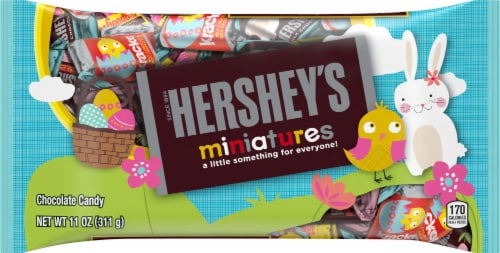 Hershey's Miniatures Chocolate Candy Assortment Perspective: front