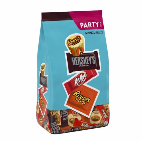 Hershey's Miniatures Candy Assortment Party Pack Perspective: front