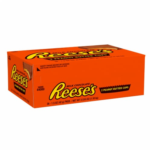 Reese's Milk Chocolate Peanut Butter Cups Perspective: front
