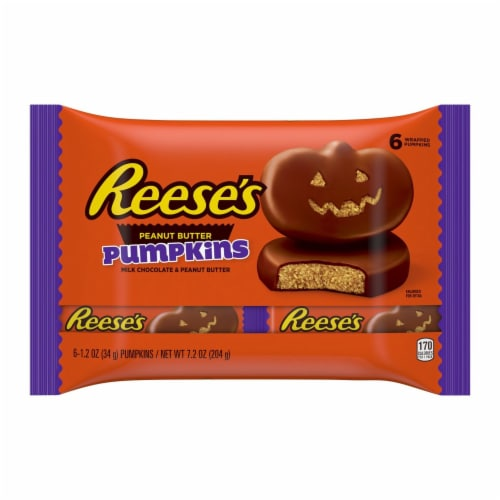 Reese's Milk Chocolate Peanut Butter Pumpkins Candy Perspective: front