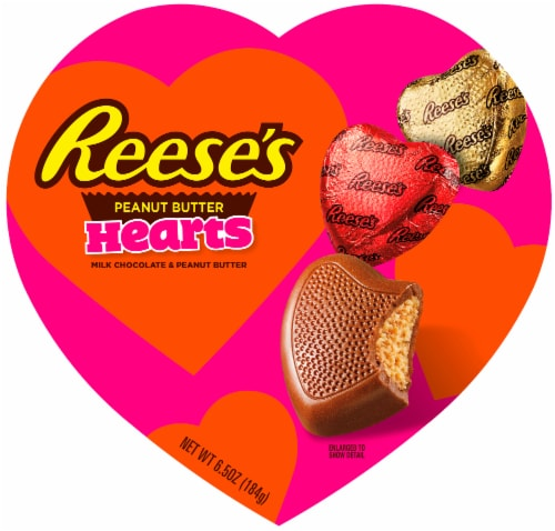 REESE'S Valentine's Milk Chocolate Peanut Butter Hearts Candy Heart Box Perspective: front