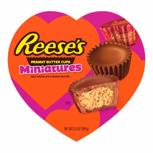 Reese's Miniatures Milk Chocolate Peanut Butter Cups Heart Box Perspective: front