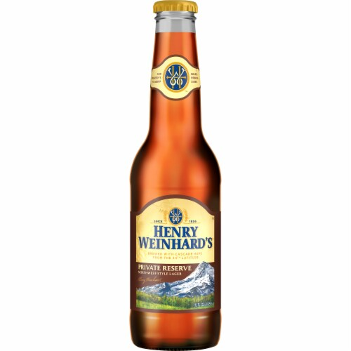 Henry Weinhard's Private Reserve Beer Perspective: front