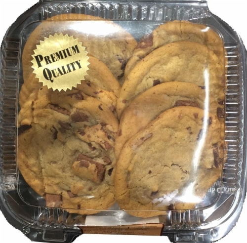 Bakery Fresh Goodness Chocolate Chunk Cookies Perspective: front