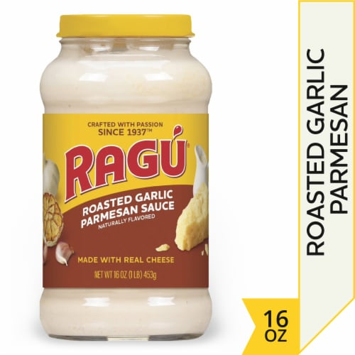 Ragu Cheese Creations Roasted Garlic Parmesan Sauce Perspective: front